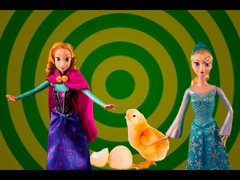 Anna and Elsa go on a trip and visit an animal museum to learn about animals and have fun