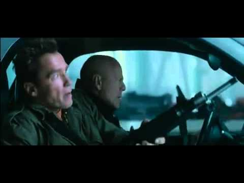 The Expendables 2 Extrait (Airport) VO