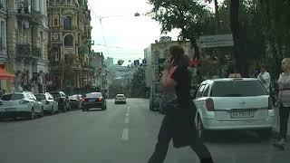 Урок вождения на центральных улицах 57