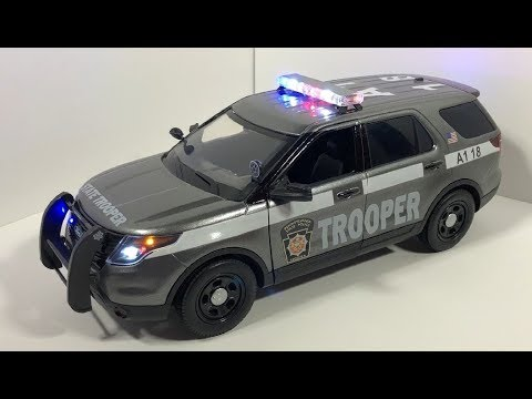 1/18 New Pennsylvania State Police Ford Explorer with Working Lights and Siren (CUSTOM ORDER)