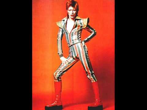 Ziggy Stardust - David Bowie (ACOUSTIC DEMO)