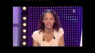 Noémie Lenoir & Guy Carlier - Panique dans l'oreillette