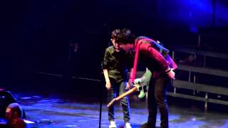 12y.o. Kid (Davis) sings Longview w/ Green Day gets guitar! Patriot Center HiRES 4.4.2013