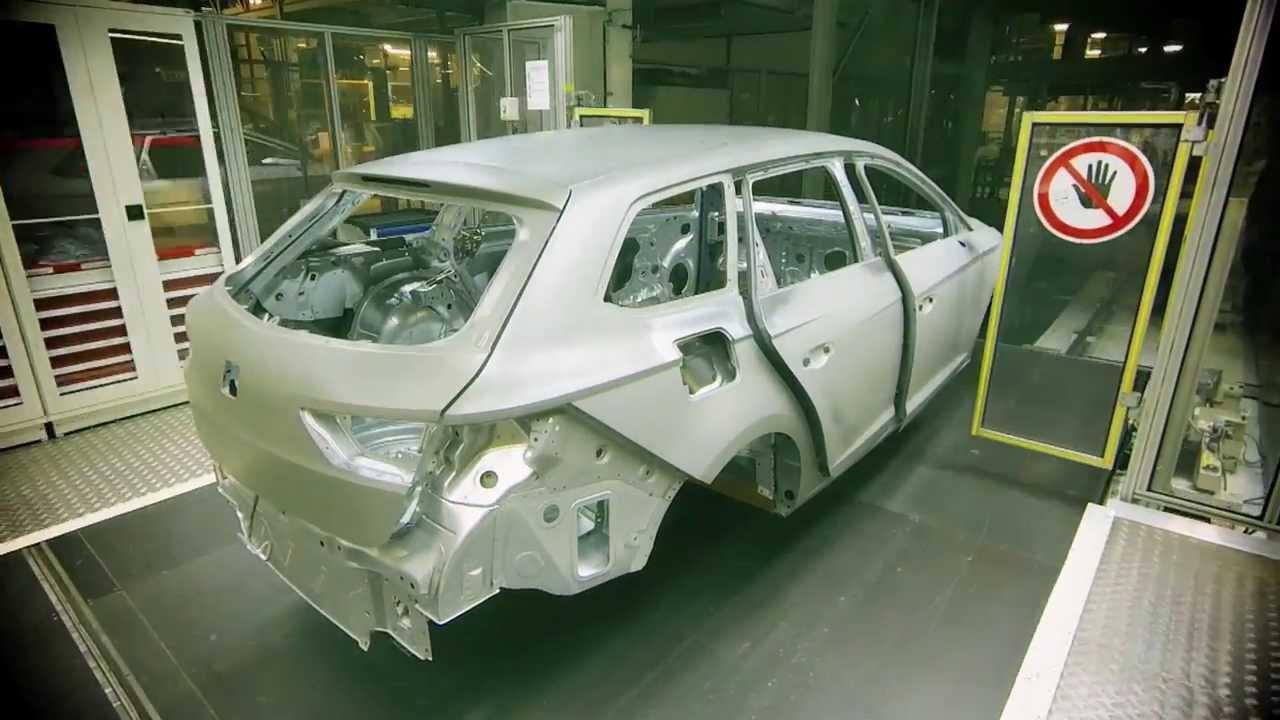 el proceso de fabricaci u00f3n de un coche  resumido en 2
