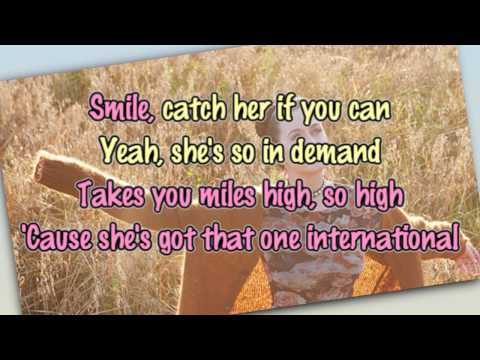 Katy Perry - International Smile [Karaoke / Instrumental]