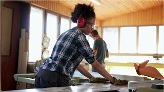Cabinetmakers and Bench Carpenters (Woodworkers) Career Video