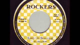 Dennis Brown - At The Foot Of The Mountain  (version).wmv