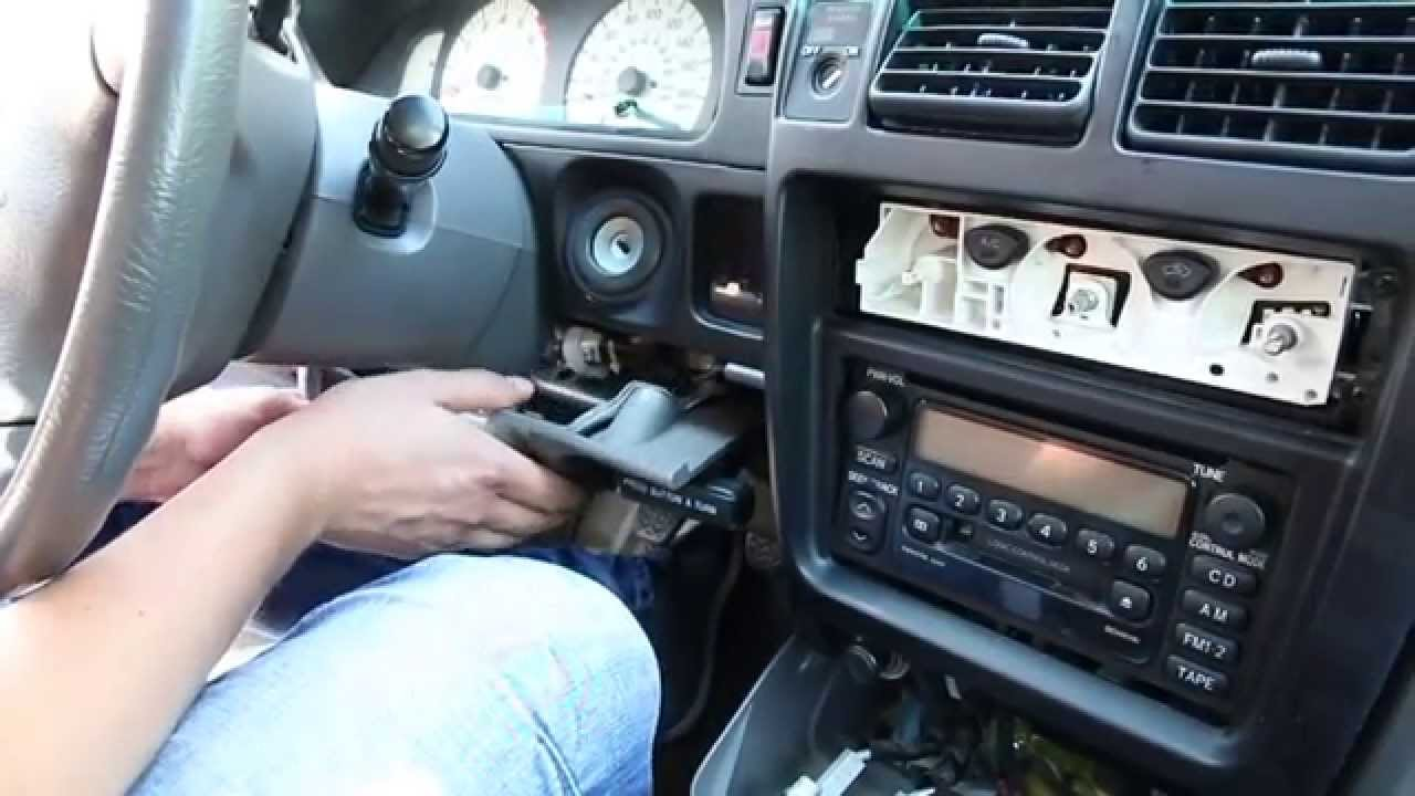 toyota tacoma 1998 2004 bluetooth extension installation by gta car kits youtube. Black Bedroom Furniture Sets. Home Design Ideas