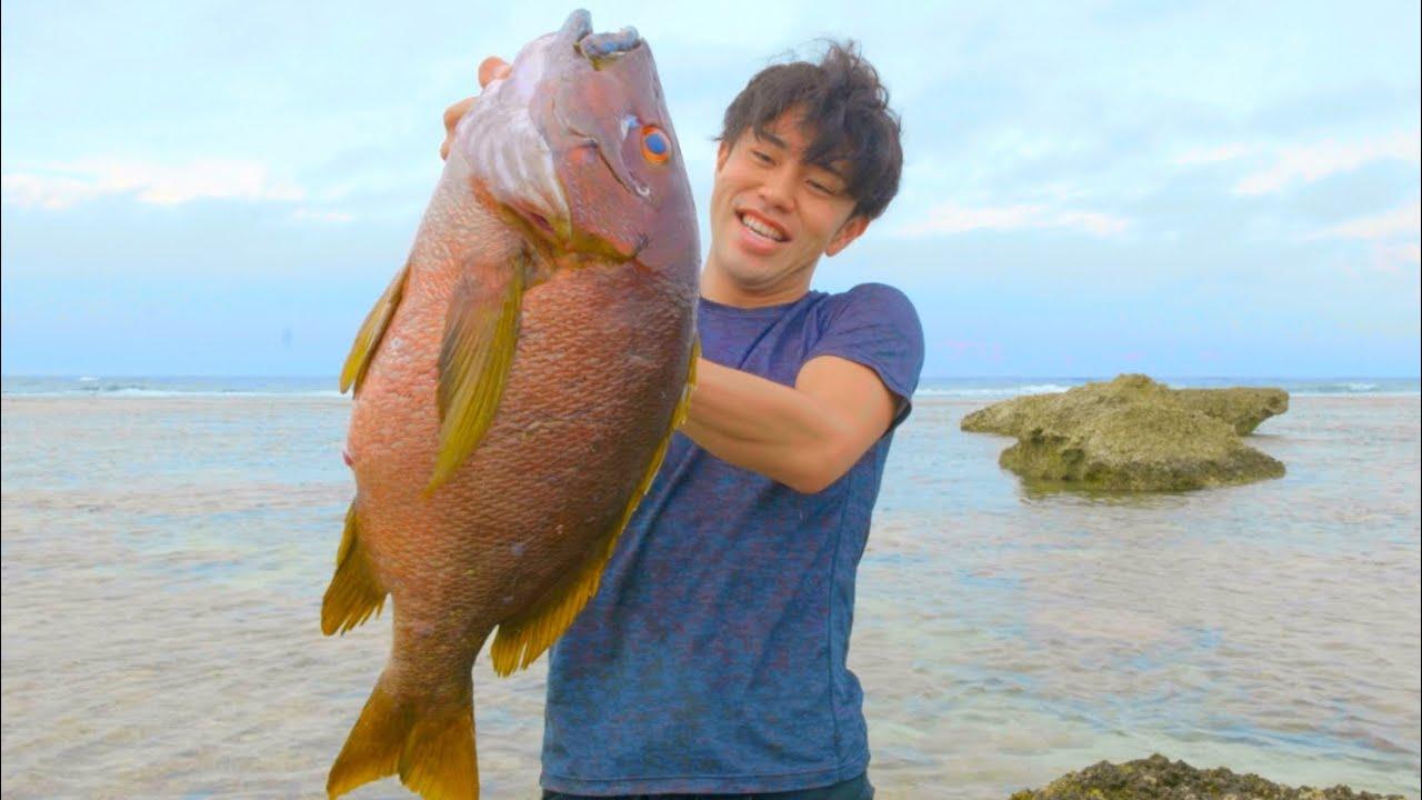 激闘の末、海底10mで巨大魚をとっ捕まえて大興奮!!