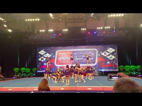 Monroe Township High School Competition Cheer Team - 2018 AmeriCheer Orlando