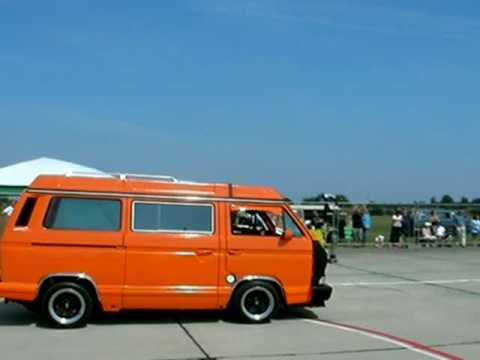 vw t3 subaru 3 3 vs vw t5 2 5 tdi youtube. Black Bedroom Furniture Sets. Home Design Ideas