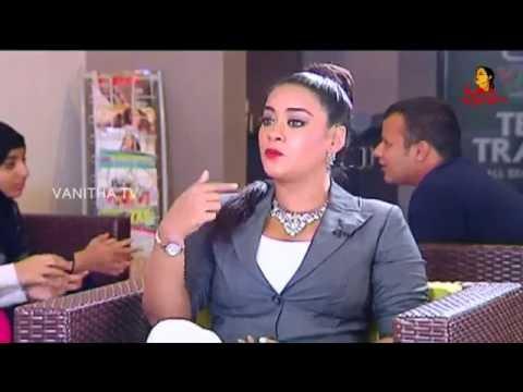 "Mumaith Khan Remembering ""Ippatikinka Naa Vayasu Song""    Vanitha TV"