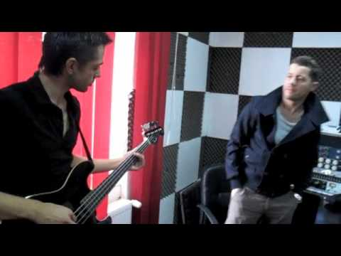 AKCENT- THAT'S MY NAME (STUDIO BASS PLAYER)