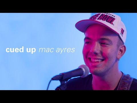 """Mac Ayres Performs """"This Bag"""" and """"Waiting"""" Live at Highsnobiety NY   cued up"""