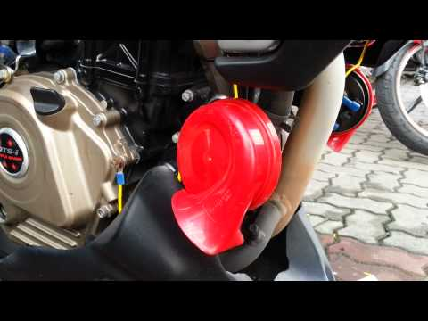 Hella™ Red Twin Tone™ on Bajaj Pulsar NS200™