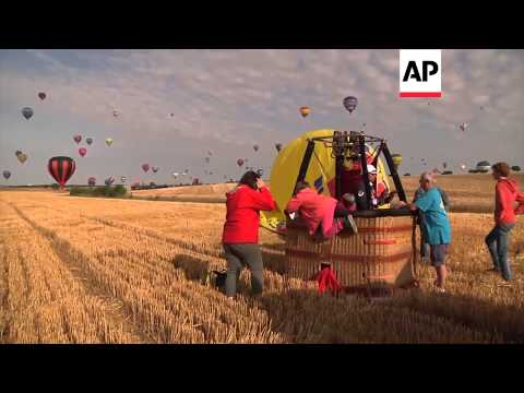 EP - 27/7/14 - Moroccan represents Arab world in record hot air balloon flight
