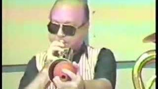 Doctor Jazz Stomp -- Ernie Carson