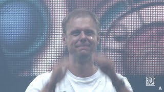 Armin van Buuren and crowd get emotional with RAMsterdam (Jo...