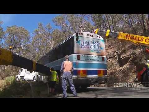 Stuck Bus | 9 News Adelaide