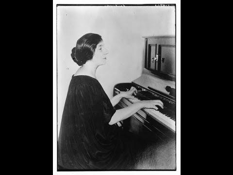 Wanda Landowska plays Mozart Sonata KV 332 in F major (1938 rec.)