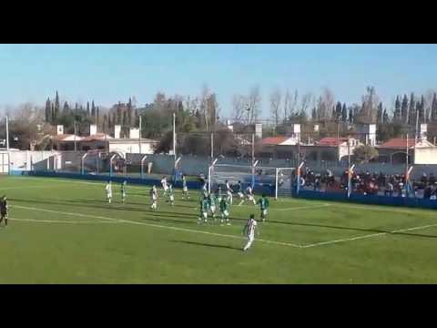Gol de Beraldi de Ateneo, a Banda Norte.  ATENEO 3  BIG. NORTE 1