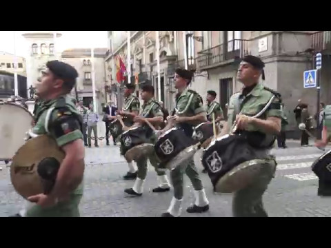 RETRETA MILITAR  4K CALLE MAYOR MADRID 2 DE MAYO 2017