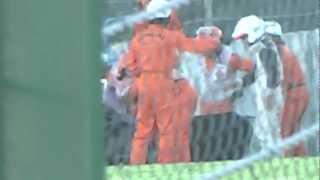 塚越広大選手 クラッシュから救出までの一部始終 Super GT 2012 第5戦 鈴鹿 thumbnail