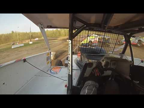The 2RJ at Albany Saratoga for a heat race on 5/20