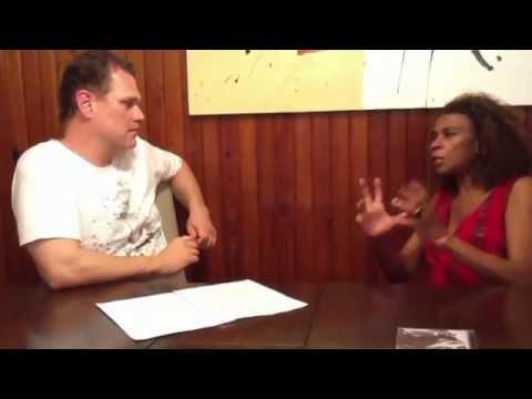 ZEZÉ MOTTA fala de Xica da Silva 96, Avancini, Cabo Verde e Capoeira de Mst. Camisa (Jornal da ABM)
