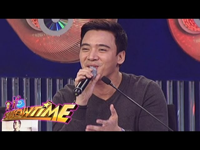 It's Showtime: Erik Santos sings on It's Showtime