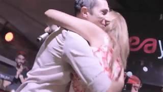 Sürpriz Evlilik Teklifi - Merve & Emrah - Emre Aydın Konseri