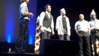 Watch Rockapella Hold Out For Christmas video