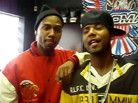 Juelz Santana & Twin Actin A Fool!!!