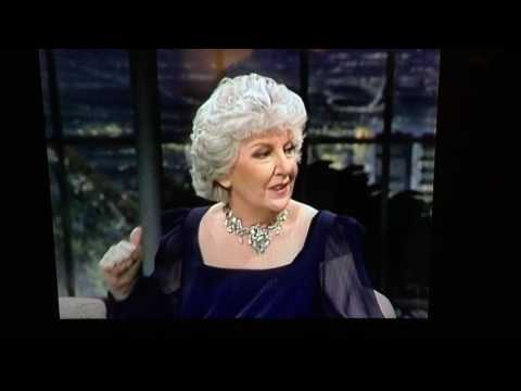 Maureen Stapleton appearing on Carson   March 30, 1982