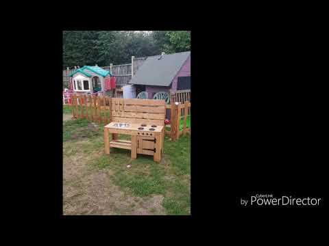 mud-kitchen-/-children's-outdoor-play