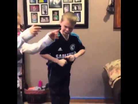 Funny White Kid Meme : Three white kids doing the shmoney dance youtube