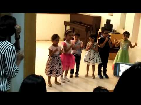 Music for Little Mozarts Recital - Mexican Hat Song with intro by Natalia