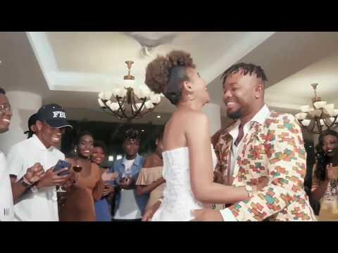 kelechi-africana---ring-(woman)-lyrics-video