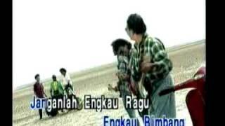 Download Video M.Shariff - Zuraini MP3 3GP MP4