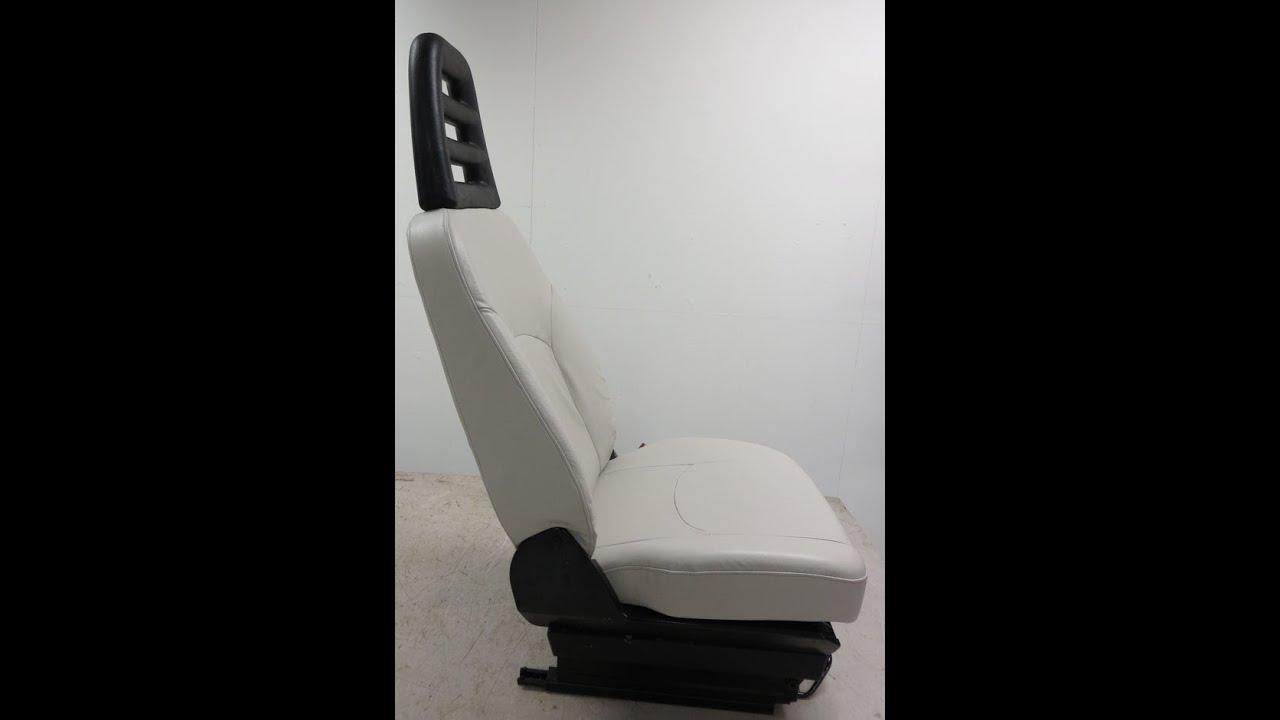 Autostoelen bekleden zelf doen ochtend schoonmaakwerk for Interieur auto bekleden