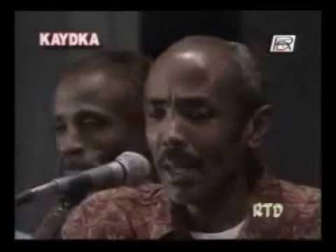 Hobollo Caan Ah Oo Ku Heshiin Waayay Kooda Ah Tiir-dhexaadka Fanka