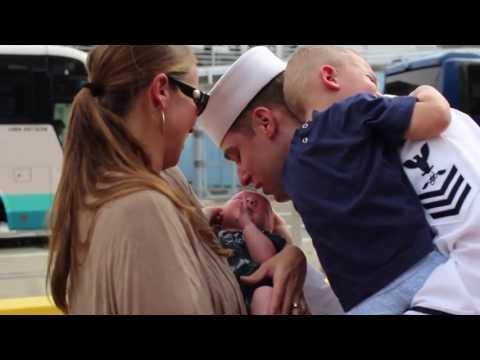 USS George Washington Military Homecoming - Yokosuka