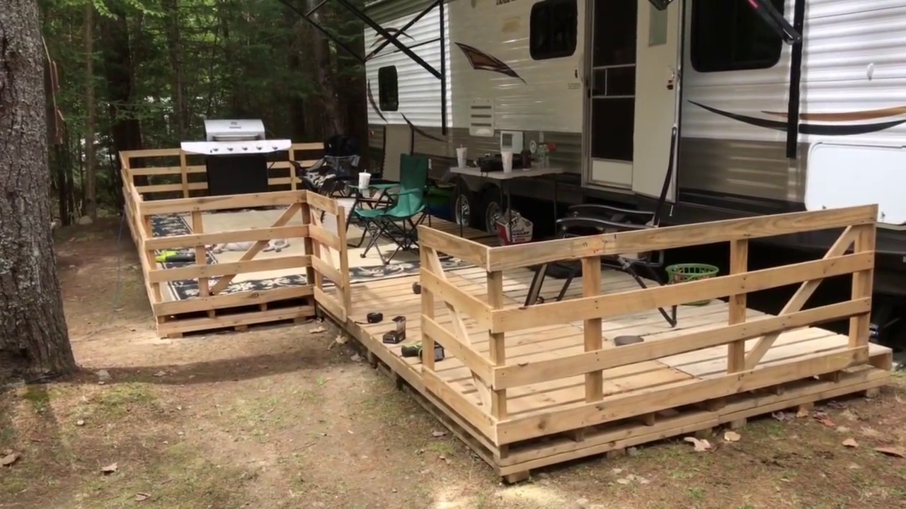 How To Build an Amazing RV Pallet Deck For Free - YouTube