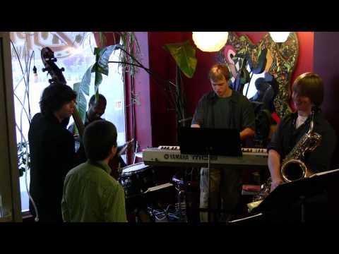 Patchwork Jazz Improv-Bb Blues part 2 Live at Zippy's Java Lounge