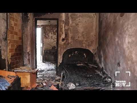 VÍDEO: Un incendio destruye una vivienda en la calle Alhama. Un segundo fuego afectó a una nave junto a la Vía Verde