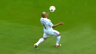 30+ Magnificent Passes In Football