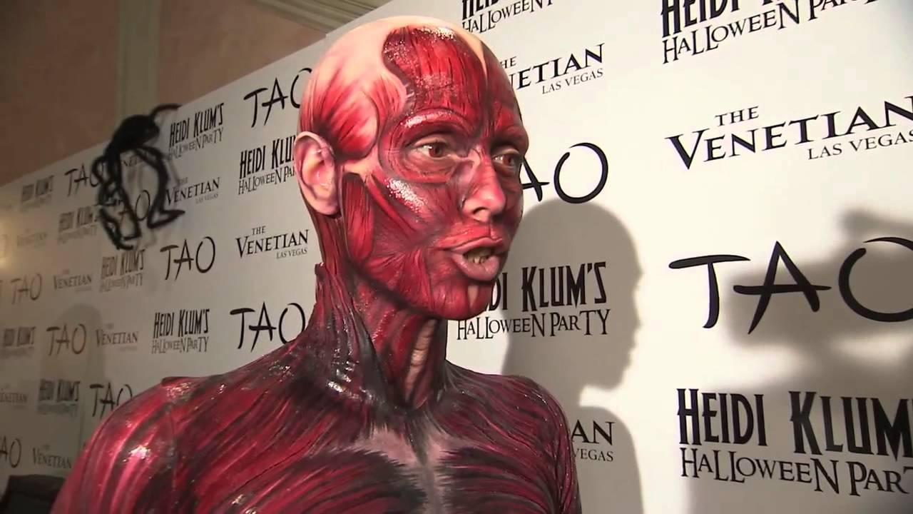 heidi klum halloween in vegas at tao nightclub 10-29-11 - youtube