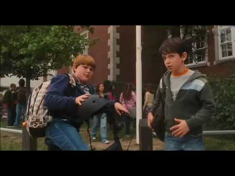 diary-of-a-wimpy-kid---movie-trailer-(2010)