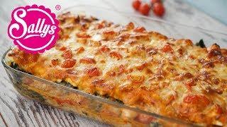 Lasagne mit Spinat und Lachs in Tomatenrahmsoße / Lieblingslasagne / Sallys Welt