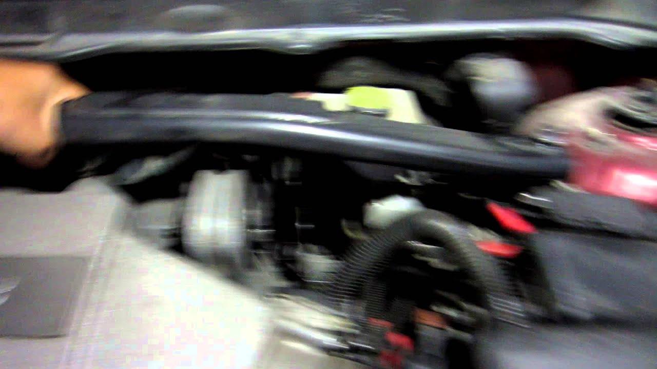 2006 Volvo Xc90 >> 2006 Volvo XC90 V8 Bad Upper Engine Mount - YouTube